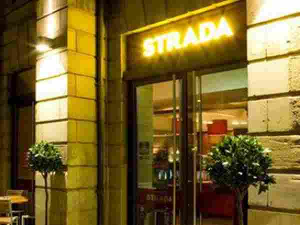 Strada Sheffield, City Centre Leopold Square