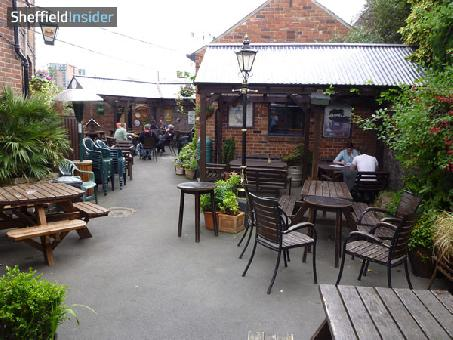The Fat Cat - Beer Garden